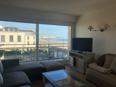 Photo for Beautiful T4 of 100m2, 2 bedrooms with sea view