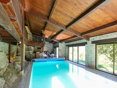 Photo for Spacious villa with pool access