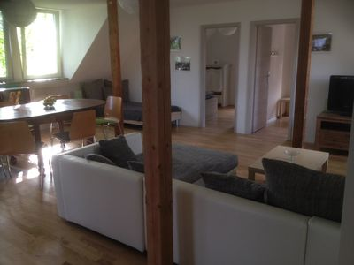 Photo for Bright, spacious apartment in Dresden with garden and good access