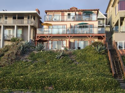YOU'LL WANT TO UNWIND HERE, FUN BEACH FRONT CONDO