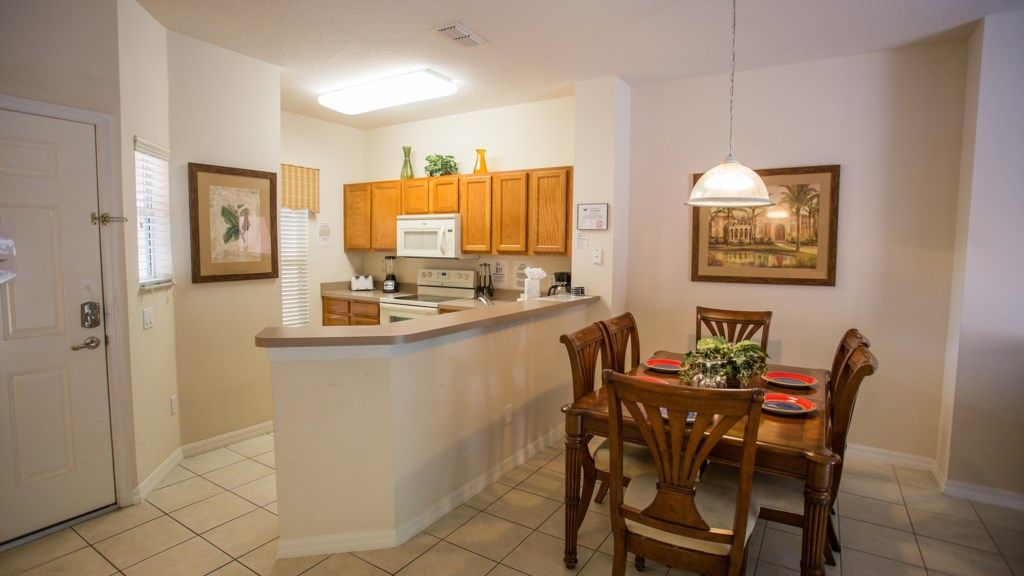 All Inclusive Lovely 3 Bedrooms Getaway w/ Pool near Disney, By Vip Orlando!