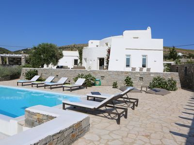 Photo for Exquisite villa with pool in a secluded location with city and beach nearby, Service