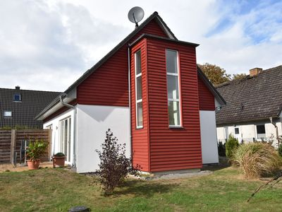 Photo for Spacious Holiday Home in Borgerende-Rethwisch with Garden