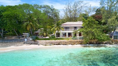 Photo for Luxury Beach Villa With Stunning Sea Views And Direct Access On To Mullins Beach
