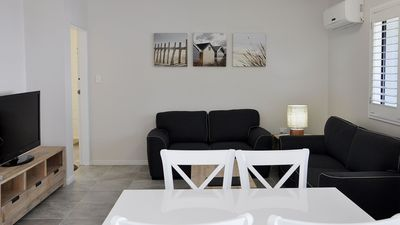 Photo for 2BR Apartment Vacation Rental in North Ward, QLD
