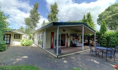 Photo for Luxuriously furnished lodge for 4 people