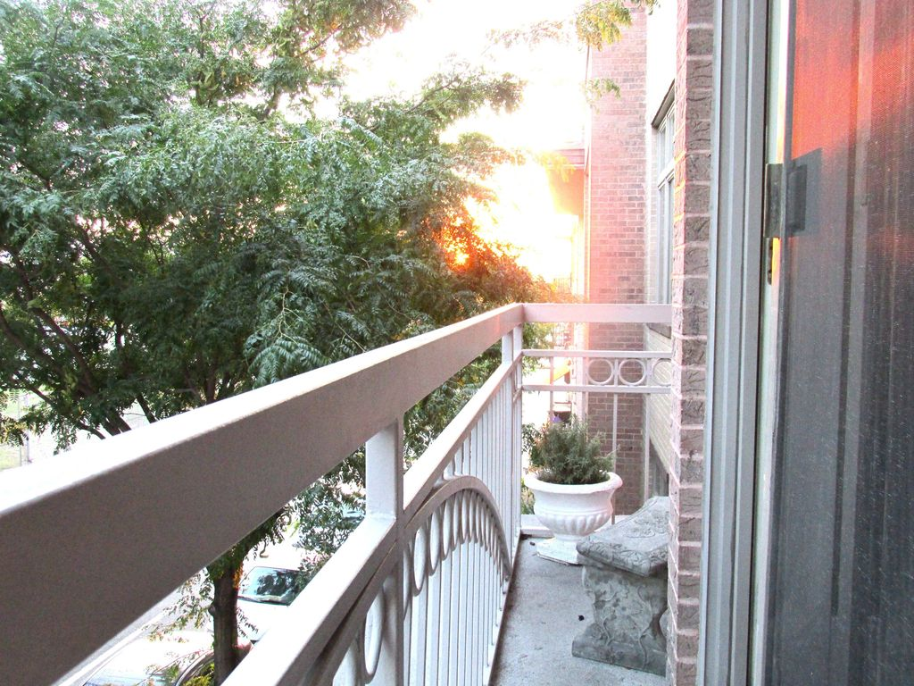 Property Image5 Park Slope Brooklyn Large Sunny 2 BD BTH