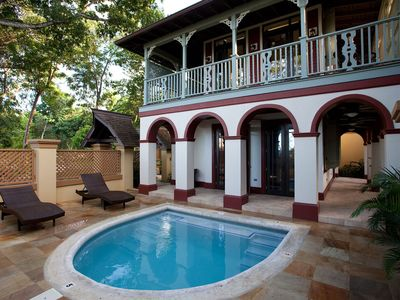 Photo for Romantic 1 Bedroom Villa with Dip Pool! Calabash