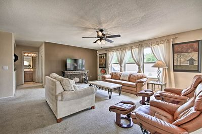 This 5-bedroom, 2.5-bath home features 3,000 square feet and room for 14 guests.