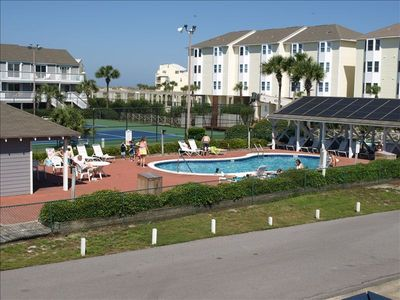 Photo for Free Golf Cart Use, Dog Friendly (up to 20lbs  non refundable fee) , Pool Front