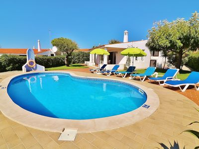 Photo for Lovely perfectly located villa, caters up to 6, private pool, car not needed