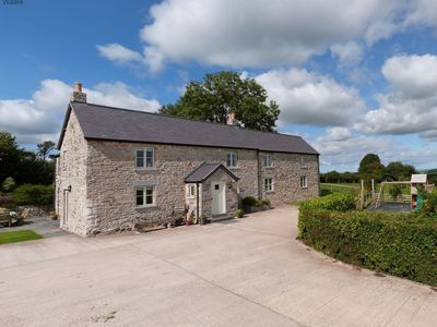 Photo for Immaculate, beautifully renovated Denbigh farmhouse offers luxury accommodation in spacious and styl