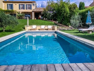Photo for In Eyragues, air-conditioned holiday villa ideal for visiting Provence