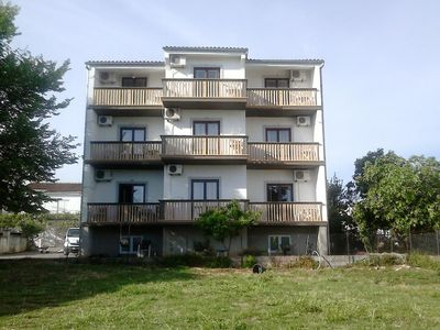 Photo for Apartment in Sveti Filip i Jakov (Biograd), capacity 2+1