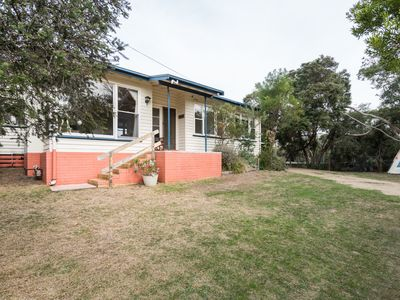 Photo for Waitemata Holiday House 150m to Tyrone Foreshore