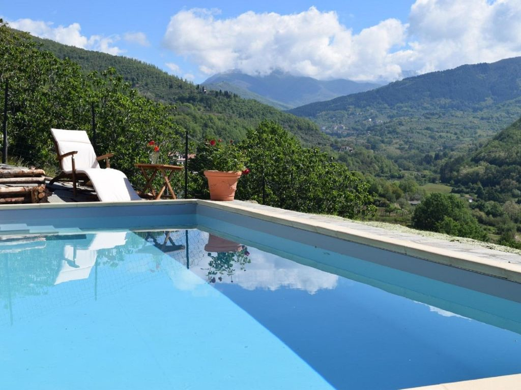 Newly restored villa with large private pool, hot tub, sauna big ...