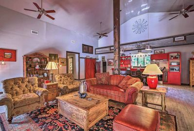 This vacation rental cabin is beautifully furnished.
