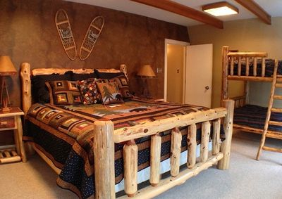 Mountain bedroom: king bed, bunk bed, 4 closets, dinette set and private deck.