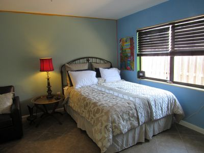 Photo for Private. Efficiency apartment 1.5 blocks from beach!!