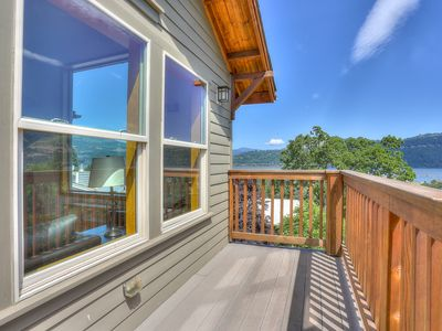 Photo for Hutson's Bridgeview- River Views and Hot Tub -- DOWNTOWN!