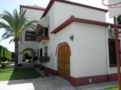 Photo for Alicante, villa, up to 20 persons, 800 m from the sandy beach
