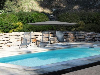 Photo for The cottages of Paradaou with pool and air conditioning in the quiet Provence