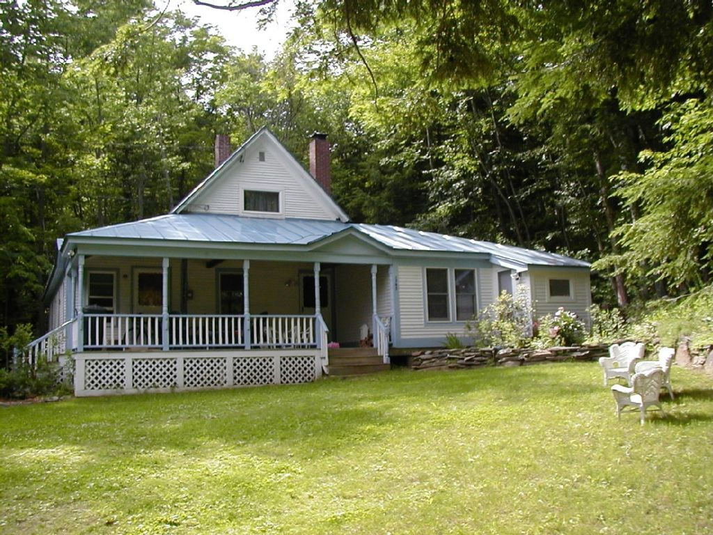 5 br central vt vacation home near echo lake ludlow for Echo lake cabin rentals