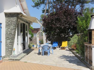 Photo for Villa with trees, a lot of charm, quietness and peacefulness guaranteed