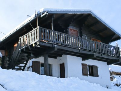 Photo for Cosy holiday flat in an alpine chalet in the French Alps