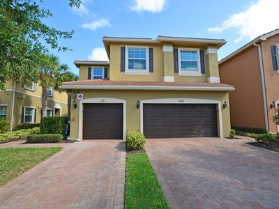 Photo for $1875 / 1609 sq ft / 3 bed 2 bath / 1st Floor in Marbella Lakes (Naples, FL)