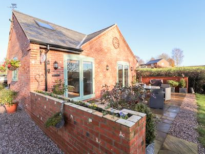 Photo for Well View Cottage, TARPORLEY