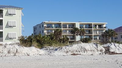 Avail 2/29-3/7! Partial Gulf View Renovated 3/2 Condo with Pool/HotTub-Sleeps 8!