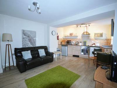 Photo for Coaching mews just a few steps from harbour and town centre in quiet cul de sac - 1 bed ground floor