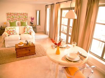 Photo for Leisure Isle Apartments with patio or balcony close to the beach