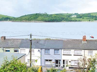 Photo for 2 bedroom property in Kidwelly. Pet friendly.