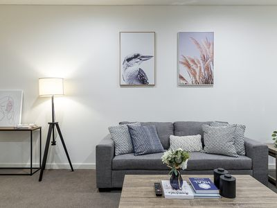 Photo for ♛Syd CBD Premium 3BR walk to Darling Harbour and ICC