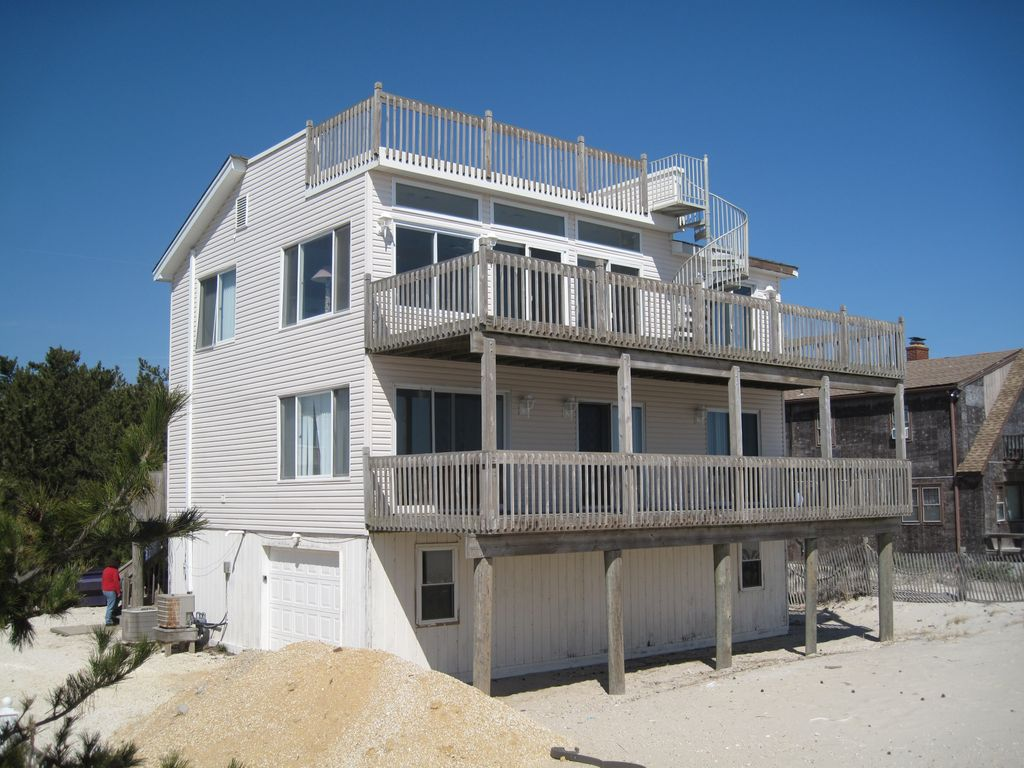 Modern 5 6 Bedroom Oceanfront House With Stupendous Ocean Views Ship Bottom Long Beach Island