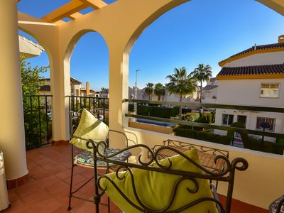 Photo for Beautiful townhouse walking distance to the beach in Costabella, Marbella