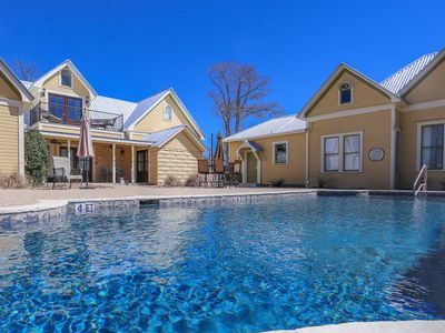 Photo for Absolutely Charming Kings Overlook, King Bed, In Town, Hot Tub/Pool Access!