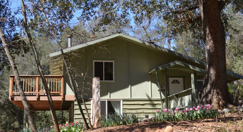 A secluded cabin on an acre of woods julian mountain haven for San diego county cabin rentals