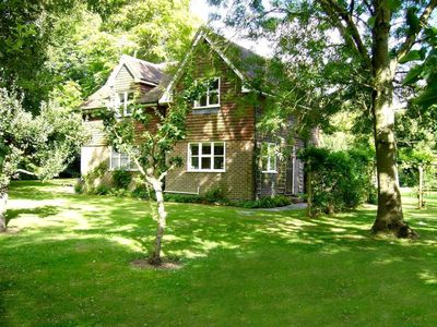 Photo for House in Ardingly with Parking, Washing machine, Garden (111625)