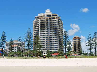 Photo for OCEAN FRONT 16th Floor Central Coolangatta
