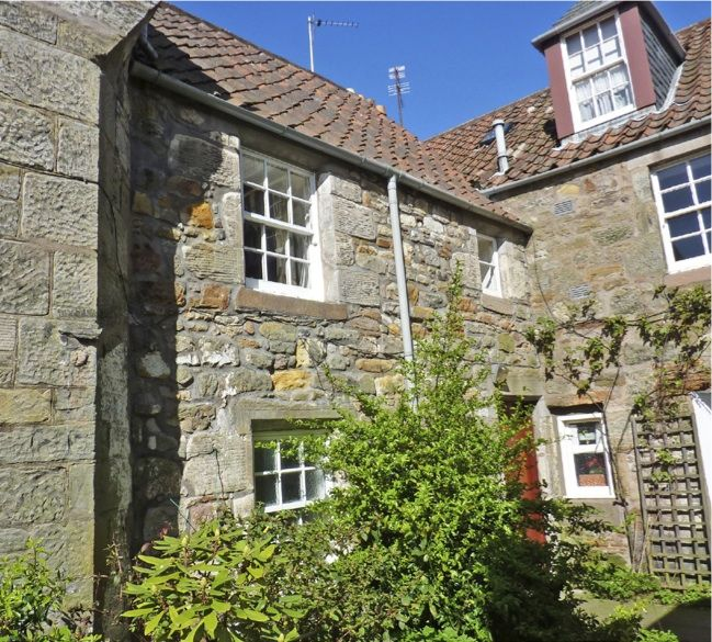 1 Bedroom Contemporary Cottage, Central Loc...