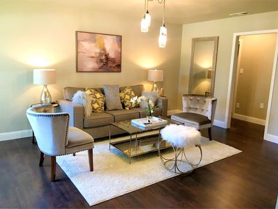 Photo for Beautiful 3 bedroom home in  middle of Dallas and Fort Worth