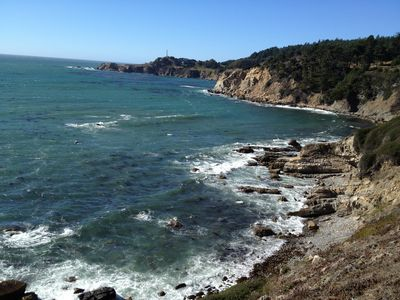 Ocean view fifty yards from the house to the cliff and down to private beach