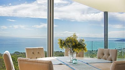 Photo for Bellevue Sur Mer in Arthurs Seat with indoor pool