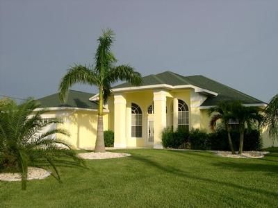 Photo for Holiday house Cape Coral for 1 - 8 persons with 4 bedrooms - Holiday house