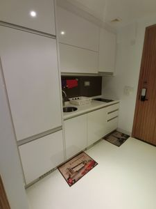 Photo for Amazing Spacious 1 Bedroom Apartment Unit @ Ochard Road Near MRT & Shopping RVE