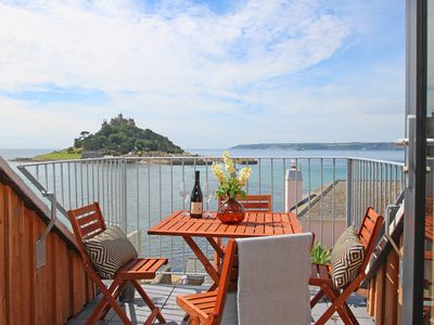 Photo for STAR HOUSE, pet friendly, with open fire in Marazion, Ref 960823