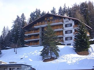 Photo for Ski Apartment, Centre Of Family Friendly Village, World Class Skiing